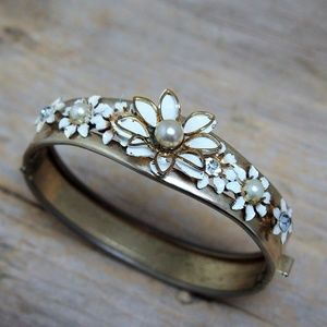 1960s Floral Rhinestone Pearl Enamel Bracelet